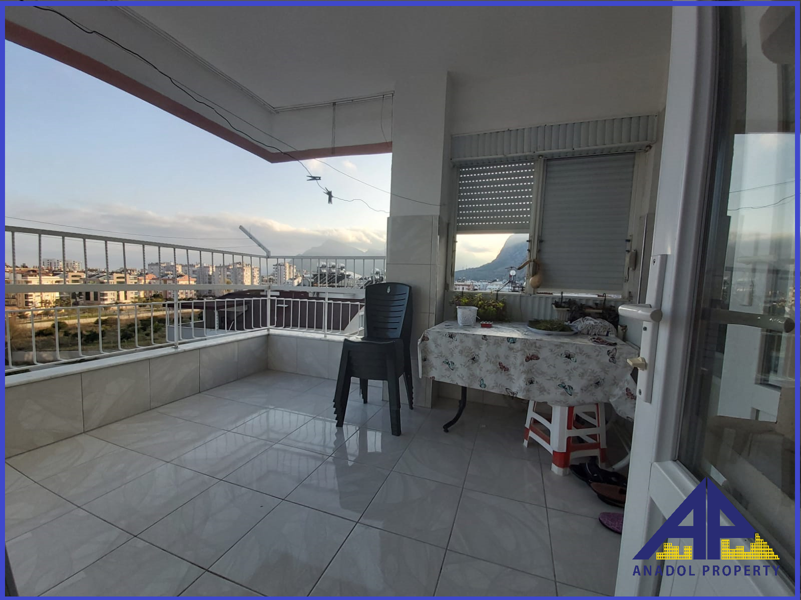 شقق للبيع في انطاليا كونيالتي | شقة ثلاث غرف و صالة للبيع في هورما