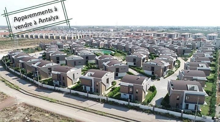 فلل للبيع فيمنطقة #أنطاليا #دوشمالتي
