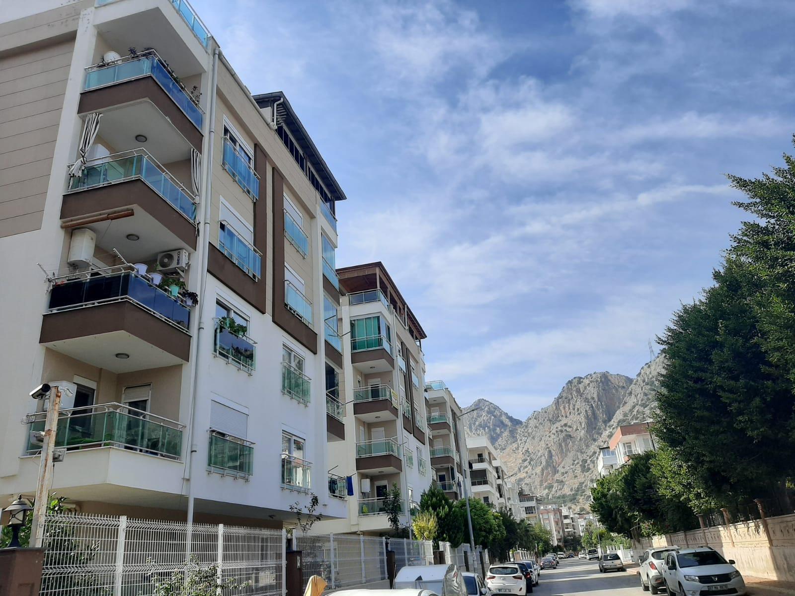 شقة للبيع في أنطاليا كونيالتي