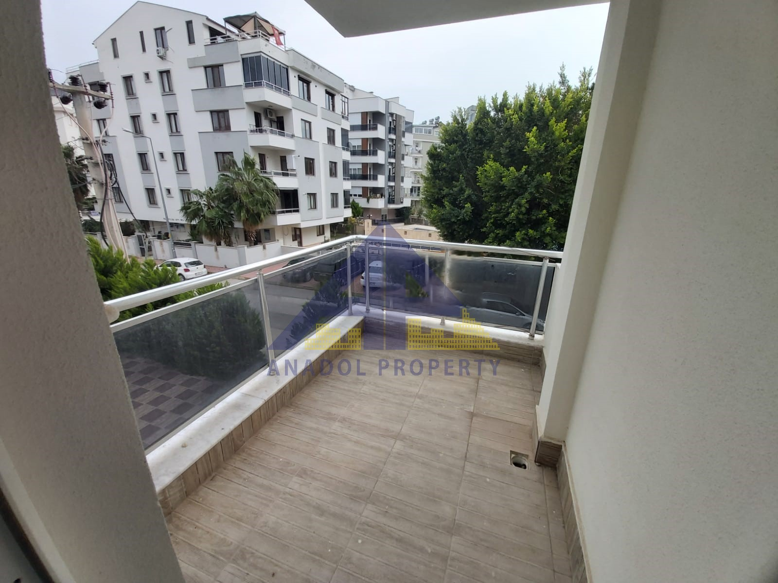 شقة جديدة للبيع في كونيالتي هورما