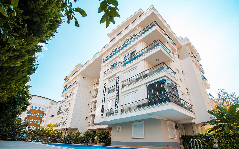 شقة للبيع في انطاليا تقع بالقرب من الشاطئ