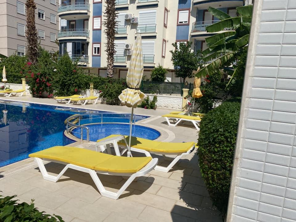 شقة للبيع بي منطقة ليمان بالقرب من شاطئ كونيالتي